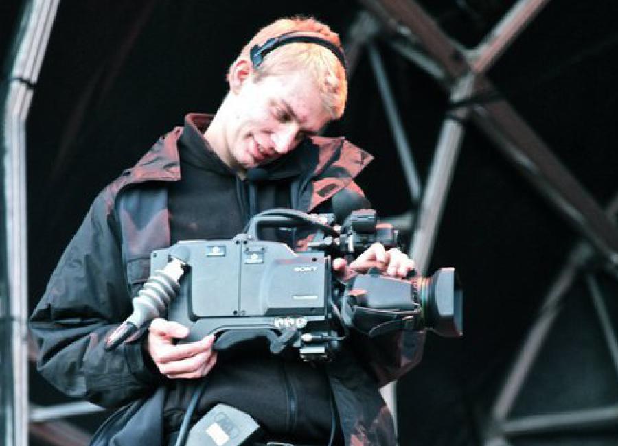 Broadcast Camera operator